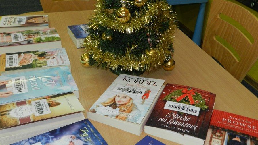 Świąteczny Klub Miłośników Książki